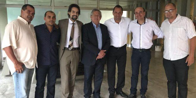 Ângelo Ferreira e Diogo Moraes levam demandas de abastecimento de água à Compesa