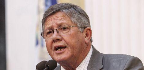 Prefeito Ângelo Ferreira faz mudanças no secretariado