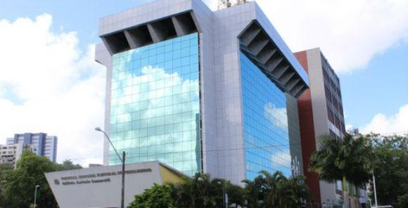 Seis municípios pernambucanos têm candidaturas para prefeito sub judice
