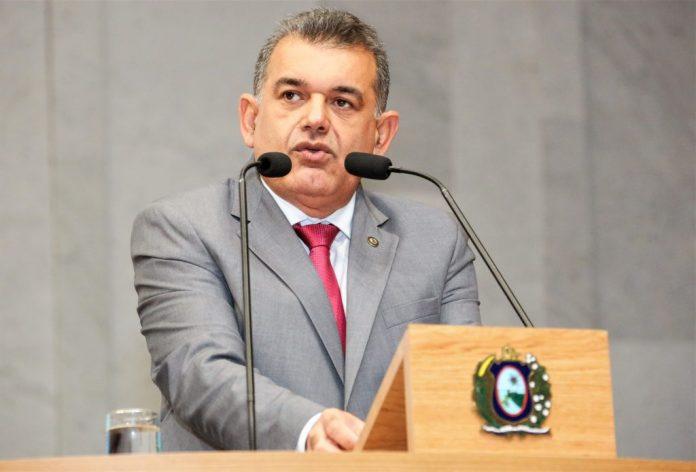 Deputado Paulo Dutra solicita ao governo de Pernambuco a testagem da Covid-19 para os profissionais da educação