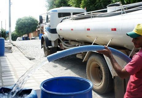 Por falta de dinheiro, fornecimento de água a cidades no Nordeste deve ser interrompido