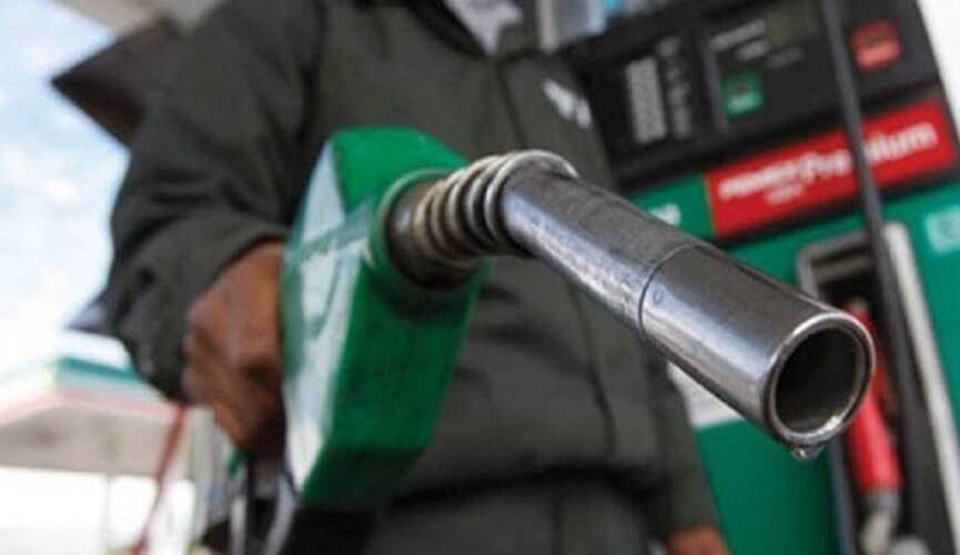 Petrobras sobe gasolina pela sexta vez no ano