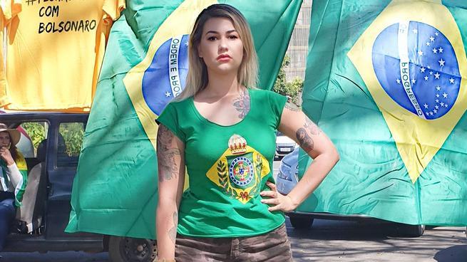 Polícia Federal prende ativista Sara Winter em Brasília