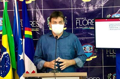 Ministério Público ajuíza ação civil pública por promoção pessoal contra o prefeito em Flores