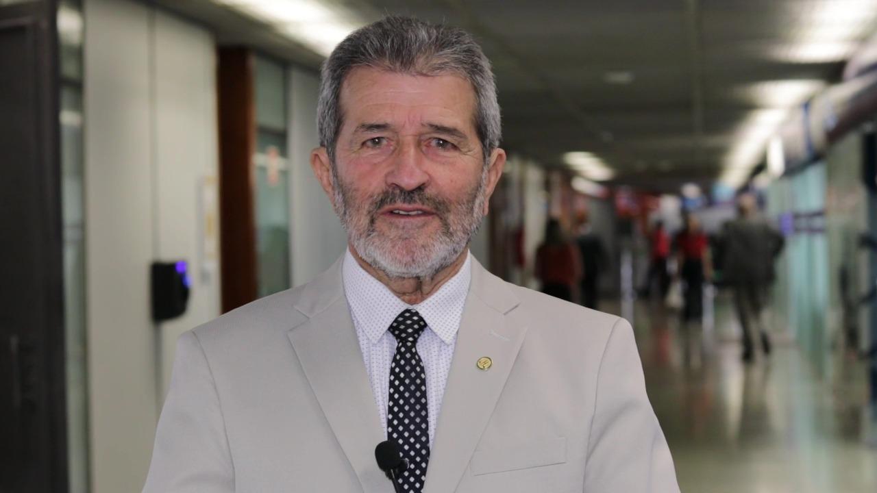 Deputado Gonzaga Patriota apresenta Projeto que prevê punição a quem se recusar a tomar a vacina contra Covid-19