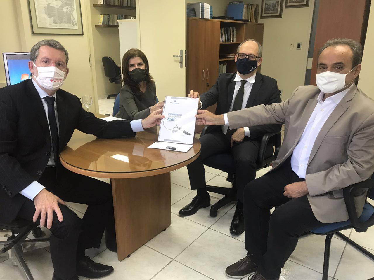 MP Eleitoral em Pernambuco recebe do TCE/PE relação de gestores com contas rejeitadas. Confira as listas