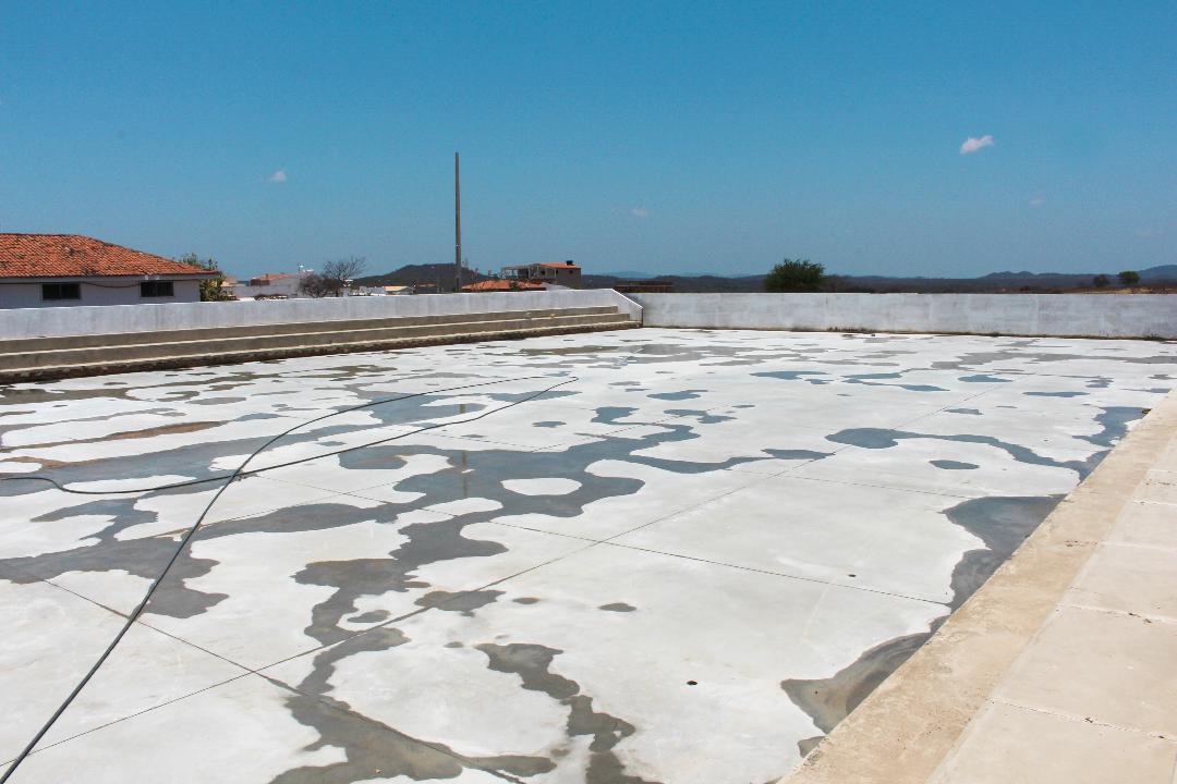 Em Sertânia, obra da quadra poliesportiva da Escola Constância Rodrigues já foi iniciada