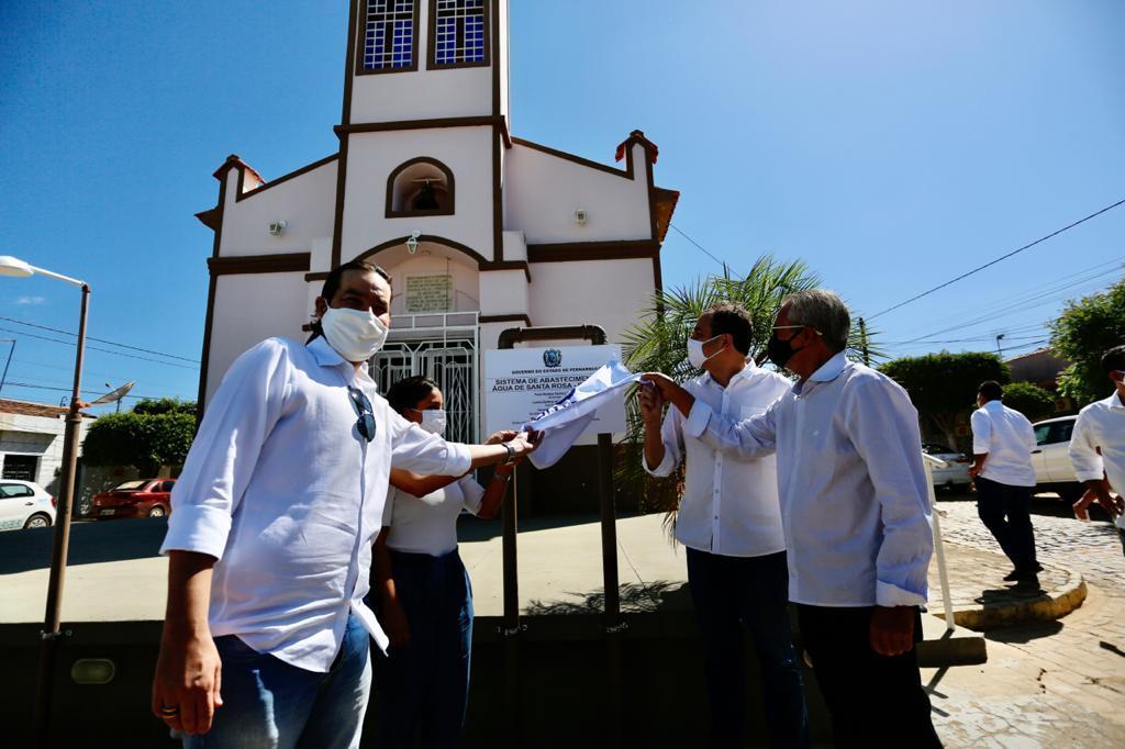 Novo sistema de abastecimento de água é inaugurado em Ingazeira, no Sertão