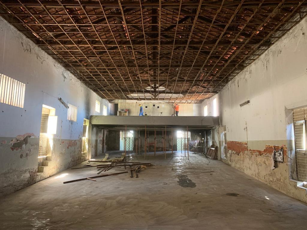 Prefeitura de Sertânia inicia recuperação do prédio do Cine Emoir