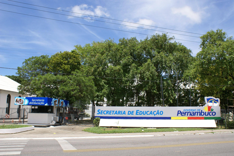 Governo de Pernambuco anuncia abertura de 3.919 vagas para cursos gratuitos de inglês, espanhol e francês