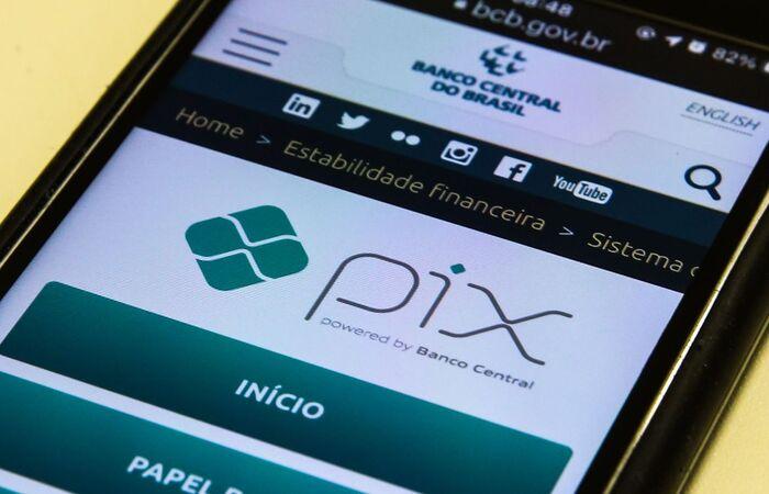 Detran-PE passa a oferecer opção de pagamento de guias via PIX