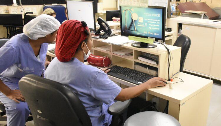 Senado se aproxima de acordo para votar piso salarial da enfermagem