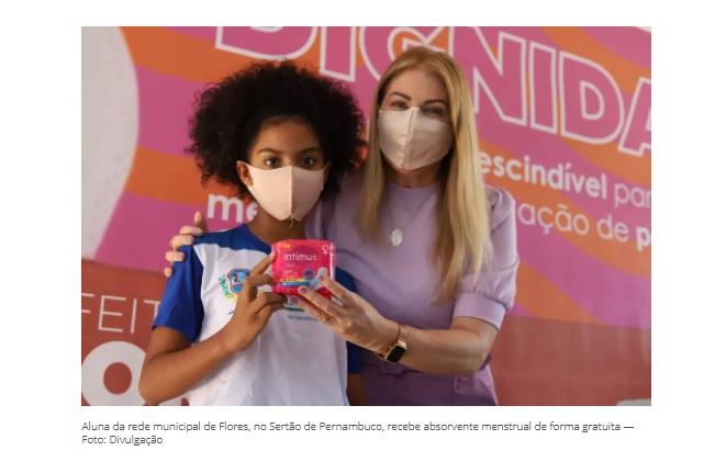 Flores inicia distribuição de absorvente menstrual gratuito para alunas da rede municipal