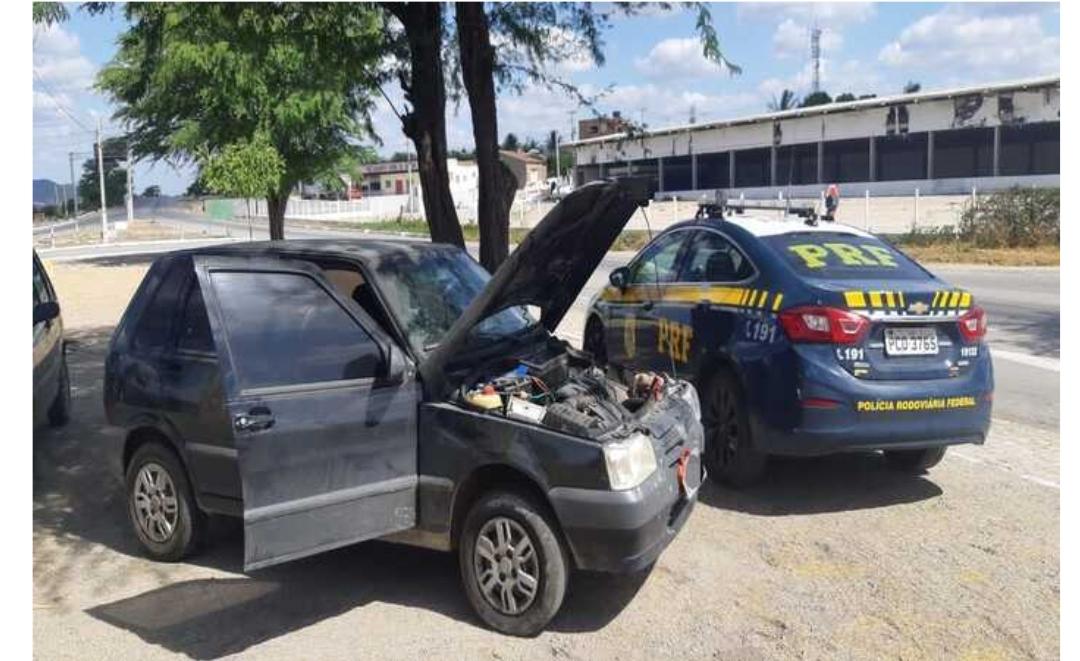 Suspeitos de roubo a carga foram detidos com arma, jammer e carro em Sertânia